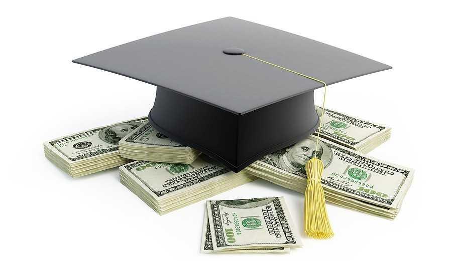 Стоимость обучения в российских вузах увеличилась