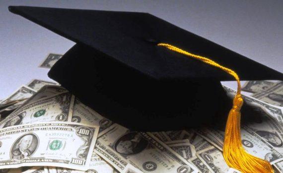 В РФ возобновят выдачу образовательных кредитов