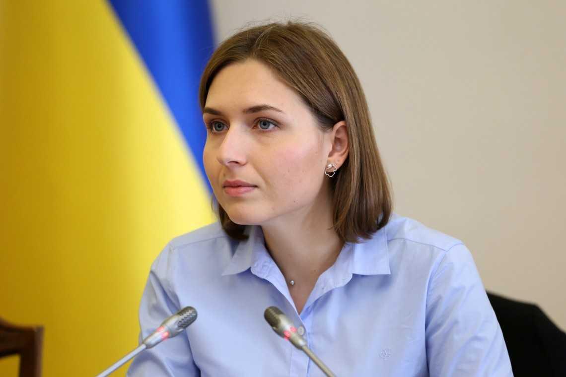 Новосад: Учителя русскоязычных школ в Украине будут переучены