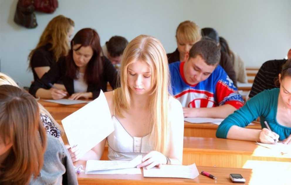 проведение вступительных экзаменов в ВУЗах