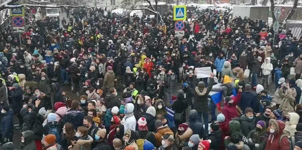 Минпросвещения РФ и участие школьников в акциях протеста